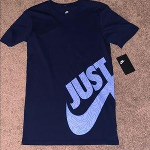 XS Men's Nike T shirt